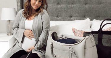 8 דברים שאת חייבת לקחת ללידה